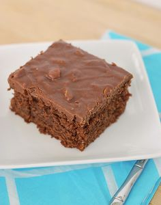 Paula Deen's Savannah Sheet Cake with Chocolate Pecan frosting - another cake in my standard rotation Sheet Cake Recipes, Cupcake Recipes, Cupcake Cakes, Dessert Recipes, Sheet Cakes, Cupcakes, Drink Recipes, Tasty Chocolate Cake, Chocolate Desserts