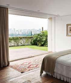 Room(s) with a View: 11 Dreamy Bedrooms with the Very Best Views | Apartment Therapy