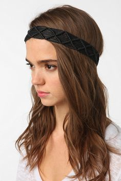 Macramé Headwrap - I bet I could learn to make this