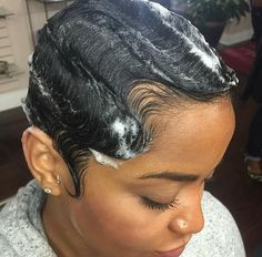 ⚠️ is the plug for more poppin' ass pins ⚡️ PLEASE give me my credit ‼️ Twa Hairstyles, Black Girls Hairstyles, Summer Hairstyles, College Hairstyles, Haircuts, Short Sassy Hair, Short Hair Cuts, Short Pixie, Pixie Cut