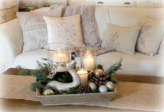 The Fancy Shack ~ A Christmas Tour & Vignettes (Coffee Table Vignette)