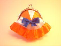 Monedero Sailor Venus hecho por Bajo una seta #monedero #sailor moon #coin purse #metal frame #costura #sewing #sailor venus #bajounaseta