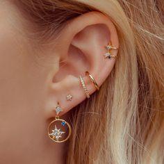 No Piercing Conch Ear Cuff Double Rose Ring/piercing imitation/fake faux piercing/plain ohrklemme ohrclip/ear cartilage manschette jacket - Custom Jewelry Ideas Piercing Rook, Cute Ear Piercings, Multiple Ear Piercings, Bellybutton Piercings, Body Piercings, Triple Ear Piercing, Ear Piercings Orbital, Ear Piercings Industrial, Unique Ear Piercings
