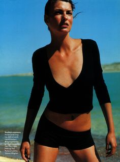 Fashion Mag, 90s Fashion, Editorial Fashion, Fashion Brands, Magazine Editorial, Cheap Fashion, Fashion Design, Natalia Vodianova, Mario Testino