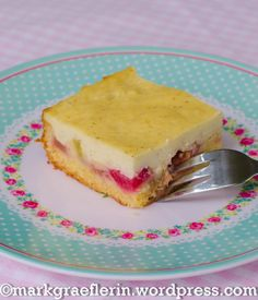 İdeen Easy Cake Rhubarb cake with vanilla pudding sour cream Rhubarb Recipes Thermomix, Bakery Cakes, Food Cakes, Rhubarb Cake, Creme, Pampered Chef, Low Carb Desserts, Thanksgiving Recipes, Sour Cream