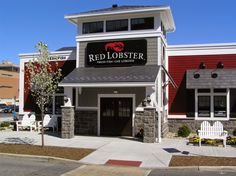 Muslim family claims Red Lobster employees discriminated against them over Ramadan requests ⋆ The Savage Nation Cross County Shopping Center, Red Lobster Coupons, Fish List, Live Lobster, Restaurant Exterior, Muslim Family, Olive Gardens, Paradise Island, Urban Farming