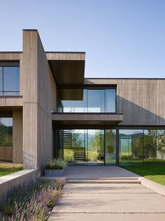 Mountain Modern House in Colorado / Robbins Architecture Gebirgsmodernes Haus in Colorado- / Robbins-Architektur Source by . Contemporary Interior Design, Modern House Design, Modern House Exteriors, Modern Contemporary, Big Modern Houses, Modern Architecture House, Interior Architecture, Architecture Images, Minimalist Architecture