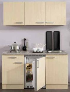 1000 images about les cuisines astucieuses on pinterest petite cuisine cuisine and kitchenettes. Black Bedroom Furniture Sets. Home Design Ideas