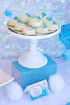 Brittany S's Birthday / Frozen, Elsa - Photo Gallery at Catch My Party Frozen Party Activities, Frozen Party Food, Frozen Party Favors, Frozen Party Decorations, Disney Frozen Party, Elsa Birthday Party, Frozen Birthday Theme, Disney Birthday, Frozen Cake