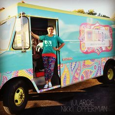 LuLaRoe Mobile Boutique. Located in Green Bay, WI LuLaRoe Nikki Opperman.