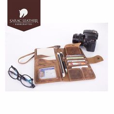 #saracleather #leather #genuineleather #handmade #handcrafted #christmas #travelbag #wallet #leatherwallet #instalike #instatrend #instatravel #instagood #instastyle #fashion #luxury #stylish #apple #samsung #iphonex #iphone8 #iphone8plus #note8 #galaxys8 #galaxys8plus #applewatch #followme #follow #picoftheday