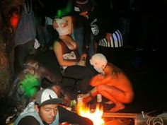 Festa em Universidade Federal tem rituais satânicos e orgias