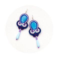 Γεια, βρήκα αυτή την καταπληκτική ανάρτηση στο Etsy στο https://www.etsy.com/listing/175750554/dangle-earrings-blue-and-violet-unique