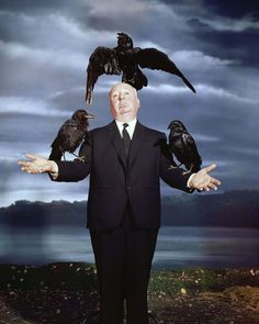 Making Hitchcockian Portraits Alfred Hitchcock posing for the cover of LIFE Magazine. Alfred Hitchcock Movies List, Alfred Hitchcock The Birds, Hitchcock Film, Philippe Halsman, Tv Movie, Bird Poster, Actrices Hollywood, Arte Horror, Indie Movies