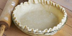 We can't sing this sour cream pie crust's praises enough. It's flaky and slightly sweet but crunchy on the edges. This shell is perfect for pumpkin pie or an apple tart, or for something a Simply Recipes, Sweet Recipes, Vegan Recipes, Cream Pie, Sour Cream, Pie Dessert, Dessert Recipes, Dessert Ideas, Brunch Recipes