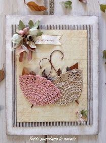 Everyone looks at the clouds: Crochet Shabby Chic Crafts, Vintage Crafts, Crochet Crafts, Crochet Projects, Art From Recycled Materials, Doily Art, Doilies Crafts, Diy And Crafts, Paper Crafts