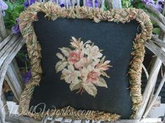 Black Beauty 1 via C'estChouetteHome/WollWorks. Click on the image to see more!