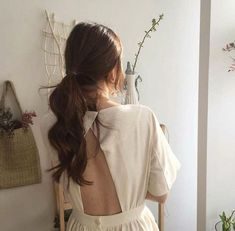 Find images and videos about fashion, style and pretty on We Heart It - the app to get lost in what you love. Korean Aesthetic, Beige Aesthetic, Aesthetic Girl, Japanese Aesthetic, Brunette Aesthetic, Hair Inspo, Hair Inspiration, Estilo Gigi Hadid, Grunge Hair