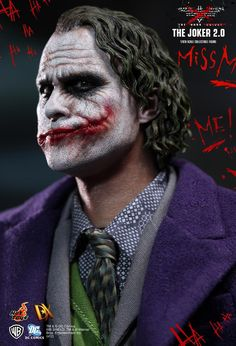 Hot Toys : The Dark Knight - The Joker 2.0 1/6th scale Collectible Figure