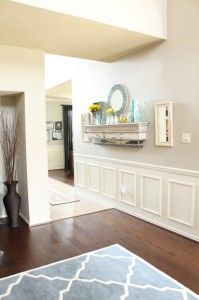 Cheap And Easy Cool Tips: High Wainscoting Dining Room wainscoting board and batten baseboards.Stained Wainscoting The Doors diy wainscoting entryway. Dining Room Wainscoting, Black Wainscoting, Painted Wainscoting, Wainscoting Panels, Wainscoting Nursery, Wainscoting Ideas, Summer Mantel, Diy Molding, Interiores Design