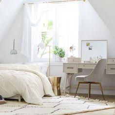 west elm x pbt Mid-Century Vanity Desk Set Bedroom Desk, Dream Bedroom, Bedroom Inspo, Bed Room, Girls Bedroom, Master Bedroom, 60s Furniture, Bedroom Furniture, Industrial Furniture