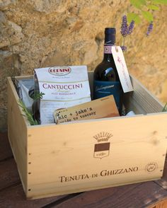 Guests stayed in seven nearby farmhouses, and Nicole and Jacob supplied each with a wine crate of swag, including a guide to the area created by the couple, Chianti, sunblock, bug spray, biscotti, and -- in anticipation of the partying to come -- Advil.