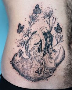 Oozy is a South Korean tattoo artist. He usually makes Blackwork tattoos. Oozy has received many awards in the field of art Baby Tattoos, Time Tattoos, Wolf Tattoos, Nature Tattoos, Body Art Tattoos, Stomach Tattoos, Tatoos, Elegant Tattoos, Unique Tattoos