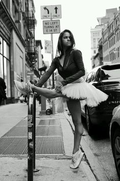 Misty Copeland. Athletic and graceful, unlike my stride! Her determination is awesome #sisterheroes @oiselle