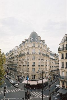 Paris / photo by Jukka Reverberi