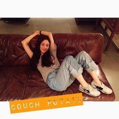 려원 패션/려원 스타일/려원 사복/려원 데일리룩/봄 데일리룩 : 네이버 블로그 Jung Ryeo Won, Fashion Books, Photoshoot, Street Style, Actresses, Poses, My Style, Celebrities, Womens Fashion