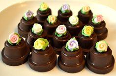 Bomboncitos de chocolate reyenos de dulce de leche