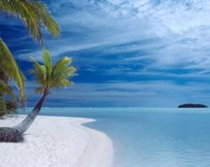 Aitutaki Cook Islands, South Pacific 10 amazingly beautiful places you might not know Beautiful Islands, Beautiful Beaches, Beautiful World, Cook Islands, Fiji Islands, Venice Travel, World Images, Thinking Day, Island Beach