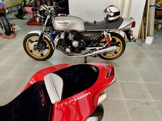 Honda CBX 1000- for sale alexgorilas@gmail.com #livingroommotorcycles Honda Cbx, Motorcycle, Living Room, Vehicles, Sitting Rooms, Rolling Stock, Motorcycles, Living Rooms, Family Room