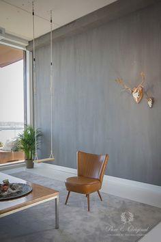 Fresco Lime paint from Pure & Original in the color Elephant Skin. Cred. Wijnands Schilderwerken