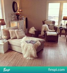 Image about white in room interior🚪✨ by Pam on We Heart It Beautiful Interior Design, Home Interior Design, Interior Livingroom, Exterior Design, Living Room Decor, Bedroom Decor, Bedroom Ideas, Estilo Shabby Chic, Inspired Homes