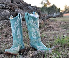 Want your own pair of boots? I have a $150 Gift Card to country outfitter for (1) fan. Click to enter.
