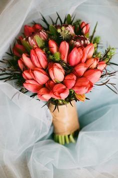 Crimson wedding bouquet #wedding #crimson #bouquet