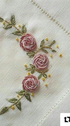 silk ribbon embroidery designs and techniques Ribbon Embroidery Tutorial, Basic Embroidery Stitches, Embroidery Flowers Pattern, Silk Ribbon Embroidery, Crewel Embroidery, Embroidery Hoop Art, Hand Embroidery Designs, Embroidery Supplies, Embroidery Ideas