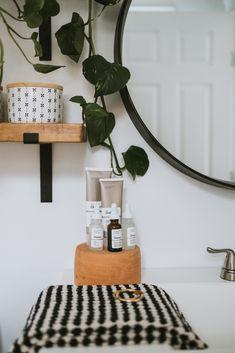 The Ordinary + How It's Changed My Skin - Jessica Sara Morris Hippy Room, Hippie Room Decor, Boho Decor, Dream Apartment, Apartment Ideas, Furniture Decor, Furniture Design, Tumblr Rooms, Bohemian House
