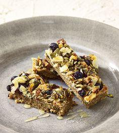 Väinämöisen Superfood ruispatukat vaikka välipalaksi! #linkosuo #väinämöisen #palttoonnapit #superfood #ruis #välipalapatukka