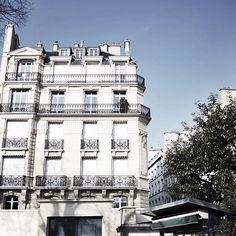 Paris. www.tarocash.com.au