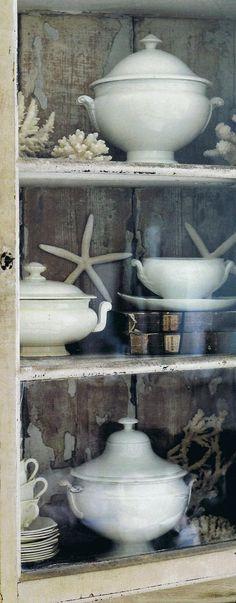 Nauticals & china; British Homes & Gardens via Trouvais