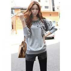 Fashionable Round Neck Leopard Print Batwing Sleeve Loose Fit Cotton Blend T-Shirt For Women
