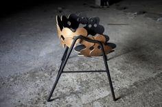 Le designer Mads Sætter-LassenMads réalise une chaise nommée MSL 35, qui utilise de l'orme, de l'acier et de la laine. La chaise a été créée...