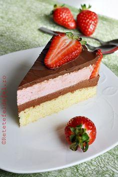 TORT CU MOUSSE DE CIOCOLATA SI CAPSUNI - Rețete Fel de Fel Mousse, Easy Desserts, Dessert Recipes, Cake Receipe, Torte Recepti, Confectionery, Lorraine, Vanilla Cake, Cupcake Cakes