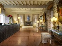 The perfect venue for your event in the center of Florence - The Lobby
