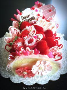 Girly Strawberry Roll Cake♪