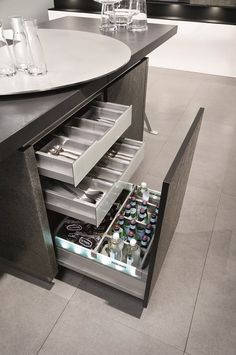 Making the most of the space... This design from Haecker looks like a normal unit but inside has the practicality of drawers! #haecker #drawer #cupboard #kitchen #design #kitchens #york