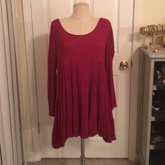 Maroon Tunic Dress Maroon tunic/dress, crinkle-type material (close up in pics). Worn once, in beautiful condition. Lacework back. I love love love this dress, I received so many compliments when I wore it! Boutique brand similar to Umgee. 3x ❤️Bundle to save!❤️ Katia Tops Tunics
