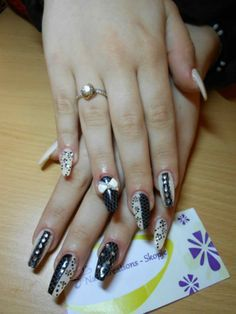 Elegant Nails Design provides various options in our professional services for all kind of nails care, and Latest beauty looks #Artifical_Nail_Services #Gel_Nail_Polish_On_Toe